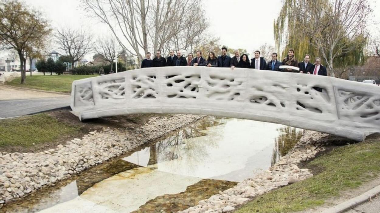 L'Espagne a inauguré le premier pont en impression 3D béton.
